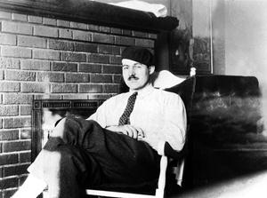 Hemingway in poltrona